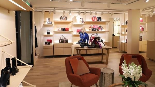 La marca francesa Louis Vuitton regresó a Buenos Aires con una exclusiva  boutique (Foto  6a601667160